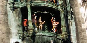 часы на Мариенплац